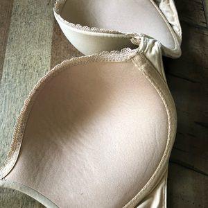 Victoria's Secret Intimates & Sleepwear - 36D Victoria's Secret Body by Victoria Push-Up Bra